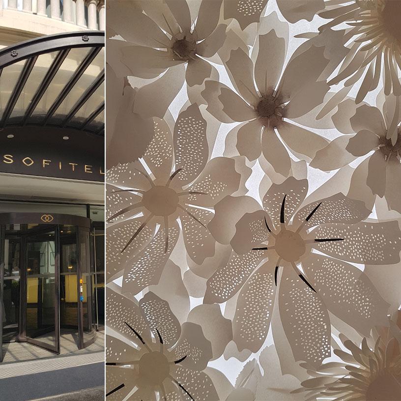 fleur en papier pour décoration Sofitel paris