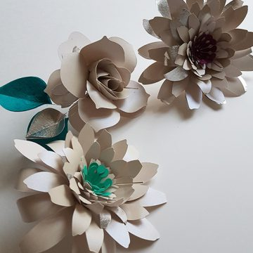 bijoux fleurs en papier
